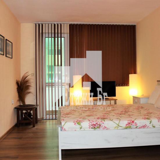 Двустаен тухлен апартамент в района на Операта и Ритуална зала
