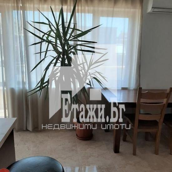 Двустаен апартамент на Зимно кино Тракия