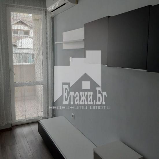 Тристаен обзаведен апартамент на Лятно кино Тракия