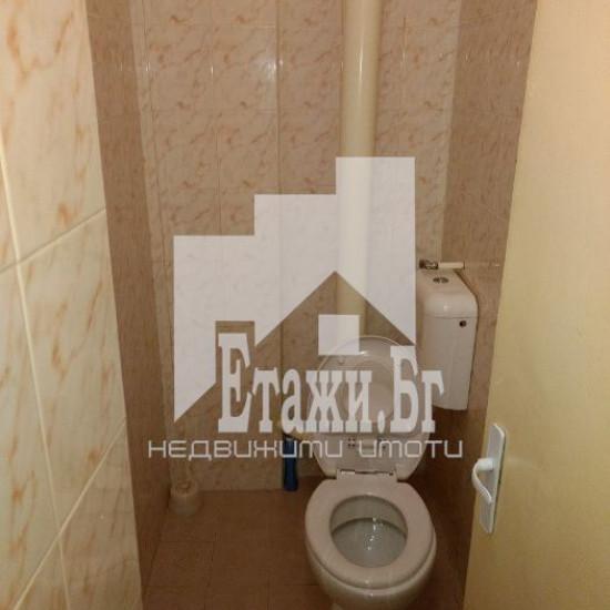 Тристаен обзаведен апартамент на Зимно кино Тракия