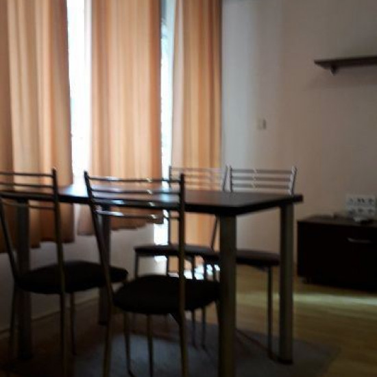 Двустаен обзаведен апартамент в района на ЗК Тракия