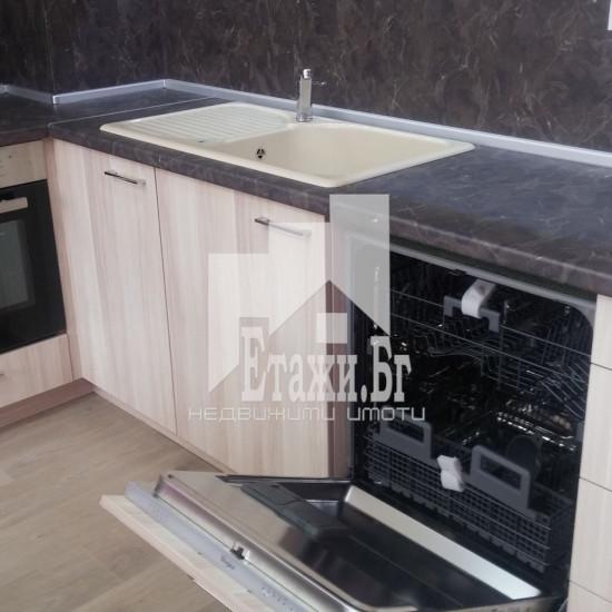 Луксозно обзаведен двустаен апартамент в района на ВИНС