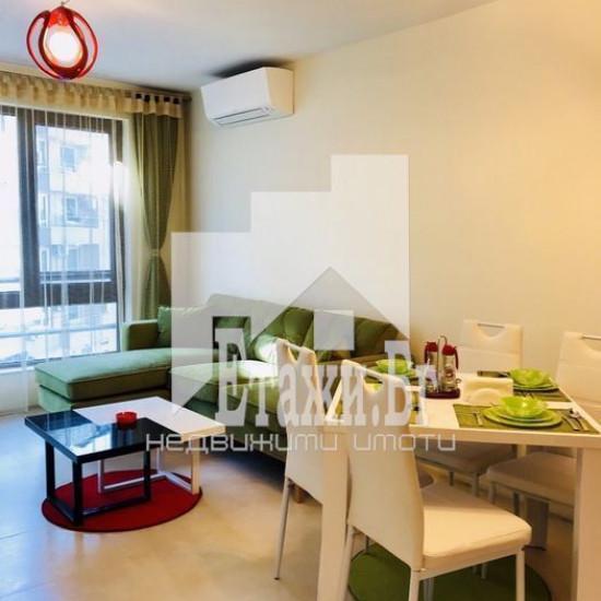 Двустаен апартамент в района на Окръжна болница