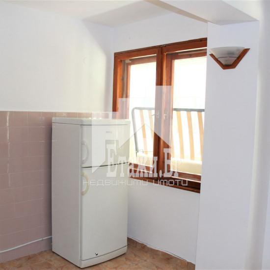 Двустаен тухлен апартамент в квартал Бриз