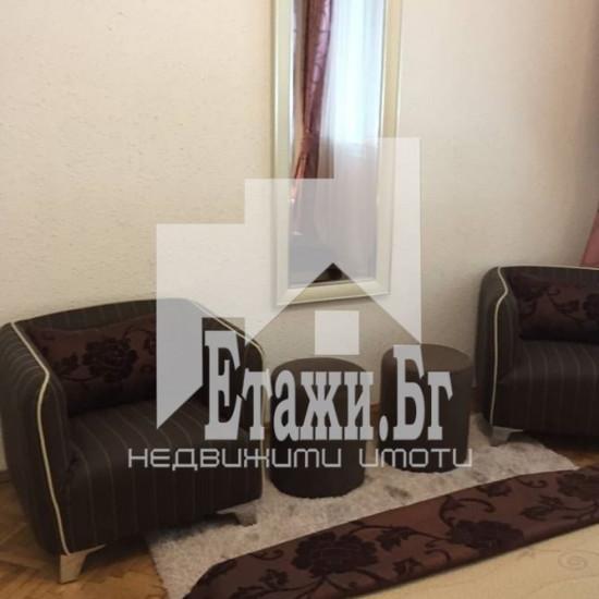 Двустаен апартамент в района на Общината