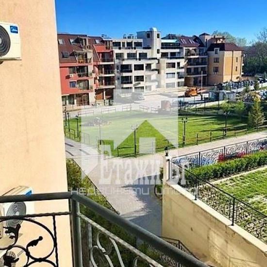 Прекрасен слънчев двустаен апартамент  с прекрасна гледка