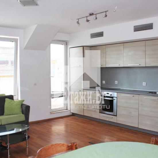 Двустаен южен апартамент в квартал Левски