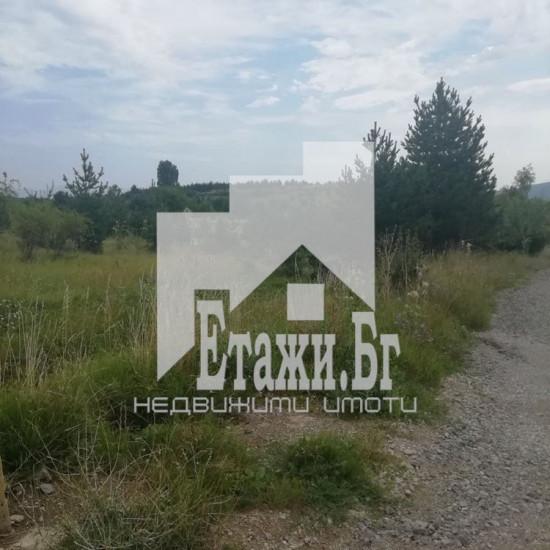 Парцел в Бистрица с площ 940 кв.м