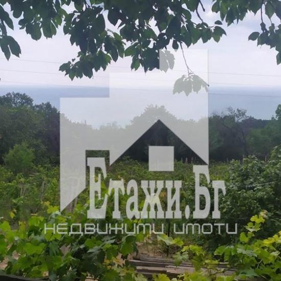 Съседни панорамни парцела в местност Манастирски рид над к.к. Слънчев ден