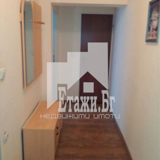 Тристаен апартамент в района на Лятко Кино Тракия