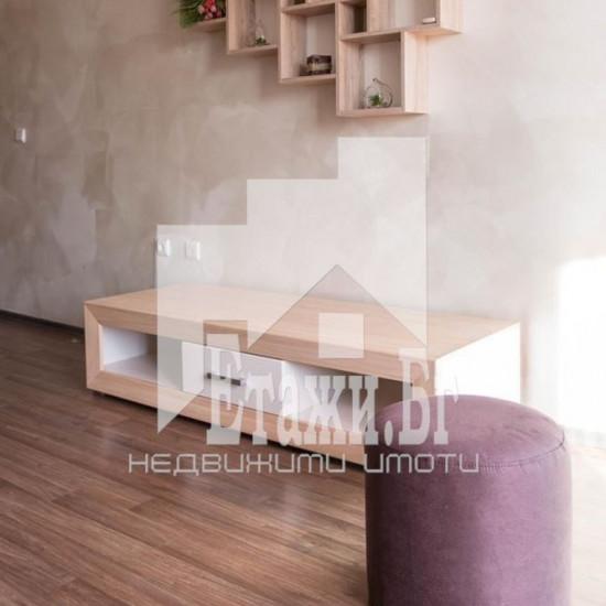 Тристаен панорамен апартамент в Цветен квартал