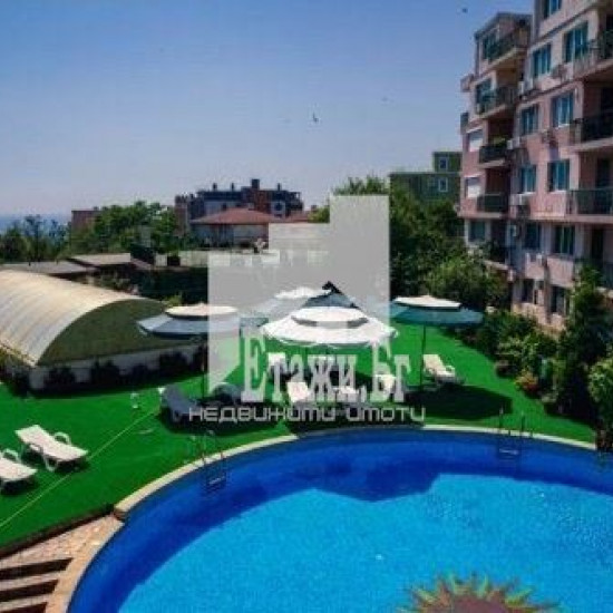 Apartment with e nice view in Chayka resort