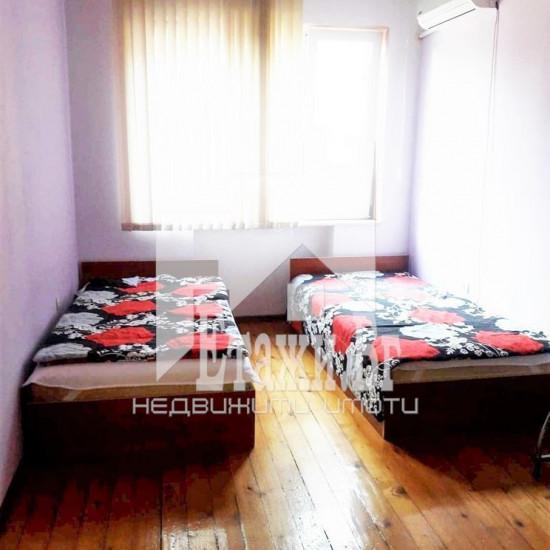 Двустаен апартамент до Червения площад