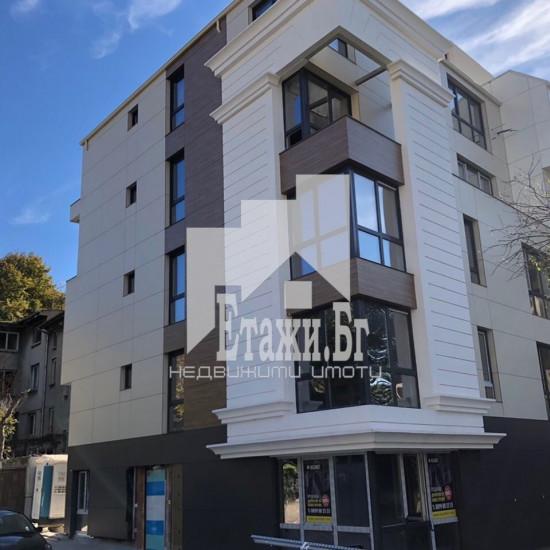 Апартамент с три спални в нова сграда в ТОП центъра на град Варна