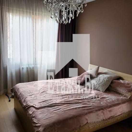Двустаен апартамент, ситуиран в престижния комплекс Флора парк
