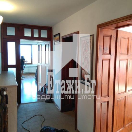 Прекрасен многостаен апартамент във Виница