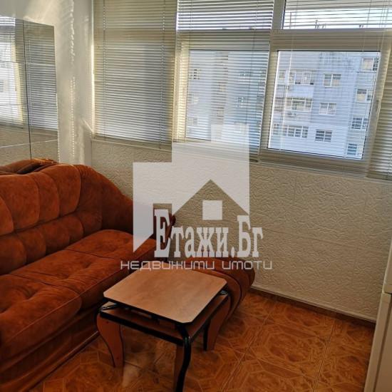 Тристаен апартамент в квартал Трошево