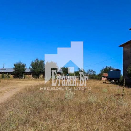 Земя за продажба на 50 км от Бургас