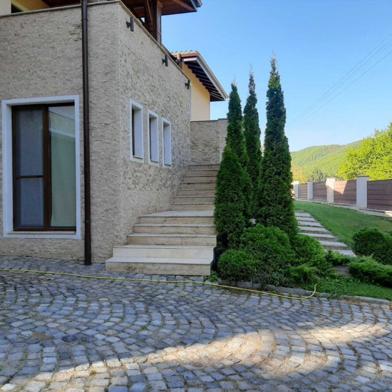 LUXURY HOUSE, located in the area of St. Spas - Dolna Banya.